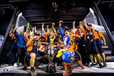 Red Bull KTM homenageia o 4º título de Ryan Dungey