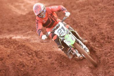 Mesmo com punição de tempo, Willian Guimarães vence na MX3