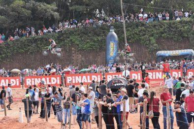 Campano vence em SC e é líder na MX1 no Brasileiro de Motocross