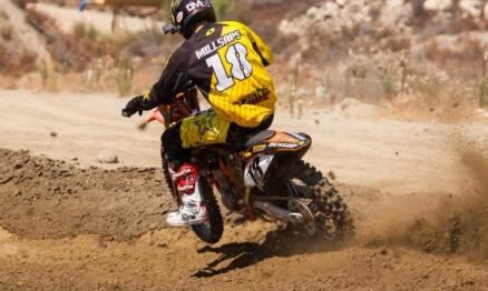 Vídeo – Millsaps treinando com sua nova moto