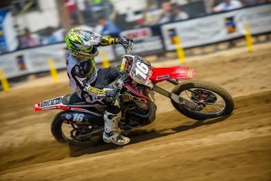 Zach Osborne fora do AMA Motocross