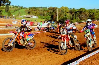 Regional de Motocross tem etapa quente domingo em São Valentim do Sul