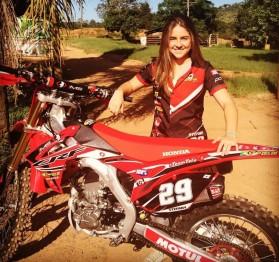 Stefany Serrão encerra carreira no Motocross