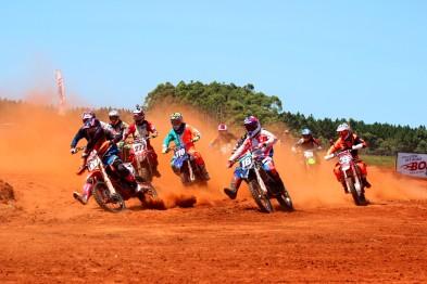 Abertura em Arroio do Sal foi inédita na Copa Verão de Motocross
