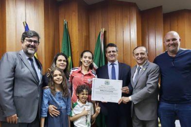 A endurista Bárbara Neves é homenageada em Goiânia (GO)